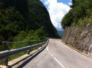 Kurvige Strasse bei Pontebba